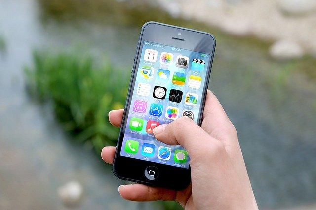 תיקון מסך אייפון 7